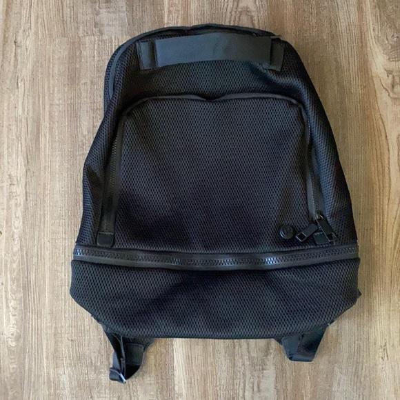 Lululemon Adventurer Backpack